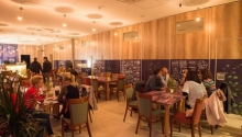 Ceaiul de la ora 5 pentru pensionari la Hotelul Târnava*** Hotel Târnava
